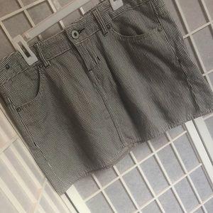 So cute Gap stripped mini skirt!
